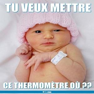 Bébé et le thermomètre